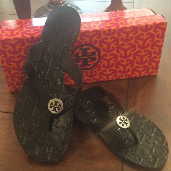 e436d93be0c Tory Burch Monroe Thong sandals. M 5b00c598b7f72b5193f8ff8b